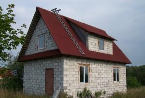Садовый домик из пеноблоков