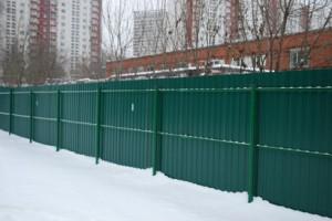 Забор без сварки – что вам понадобиться