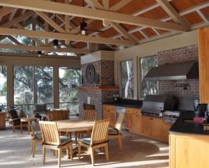 Летняя кухня с верандой – что на ней должно быть