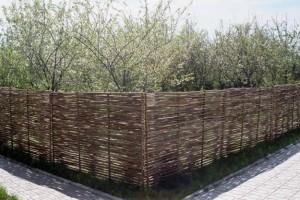 Это действительно красивый забор.