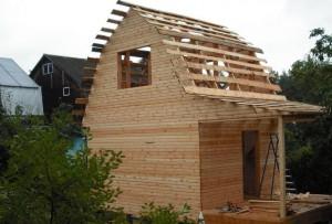 каркасное строительство бани с мансардой подразумевает хорошую вентиляцию