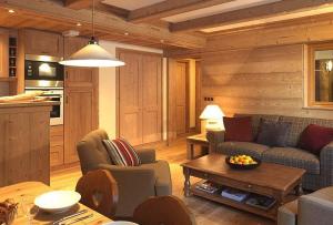 Дача – это не просто место для ведения натурального хозяйство, продумав дизайн дачного домика, можно получить место для отдыха душой