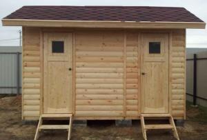 Душ туалет для дачи значительно прибавит комфорта пребыванию на своем участке.
