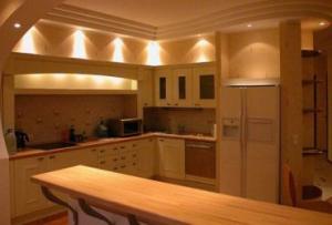 Перед тем, как сделать ремонт на кухне, стоит узнать, какие подводные камни имеет данное помещение