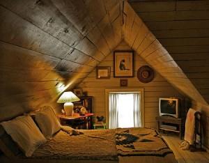 Мансарда на даче проектируется для использования в качестве спального помещения