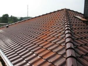 Крыша должна сочетать в себе долговечность и прочность, а ее внешний вид должен сочетаться со всем домом в целом