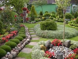 Оформление сада — очень интересный процесс.