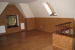 Какими же материалами можно отделать стены на даче?
