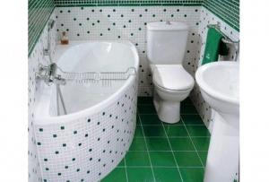 об остальных деталях, таких как ванна для маленькой ванной комнаты и особенности дизайна, давайте поговорим подробнее.